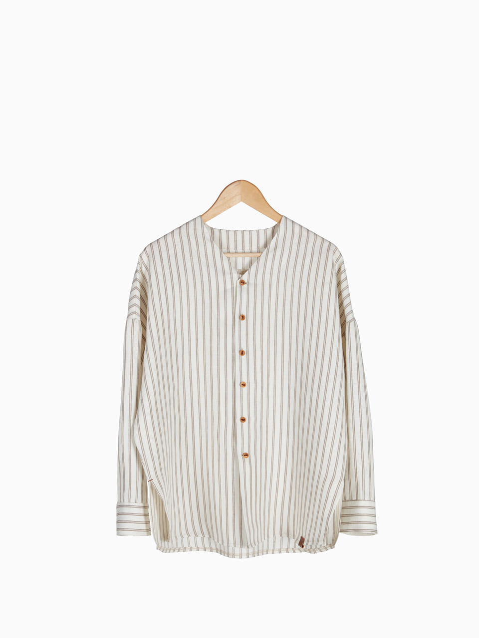[Last 5 piece] LINEN V-NECK SHIRTS 남여공용 (Stripe)